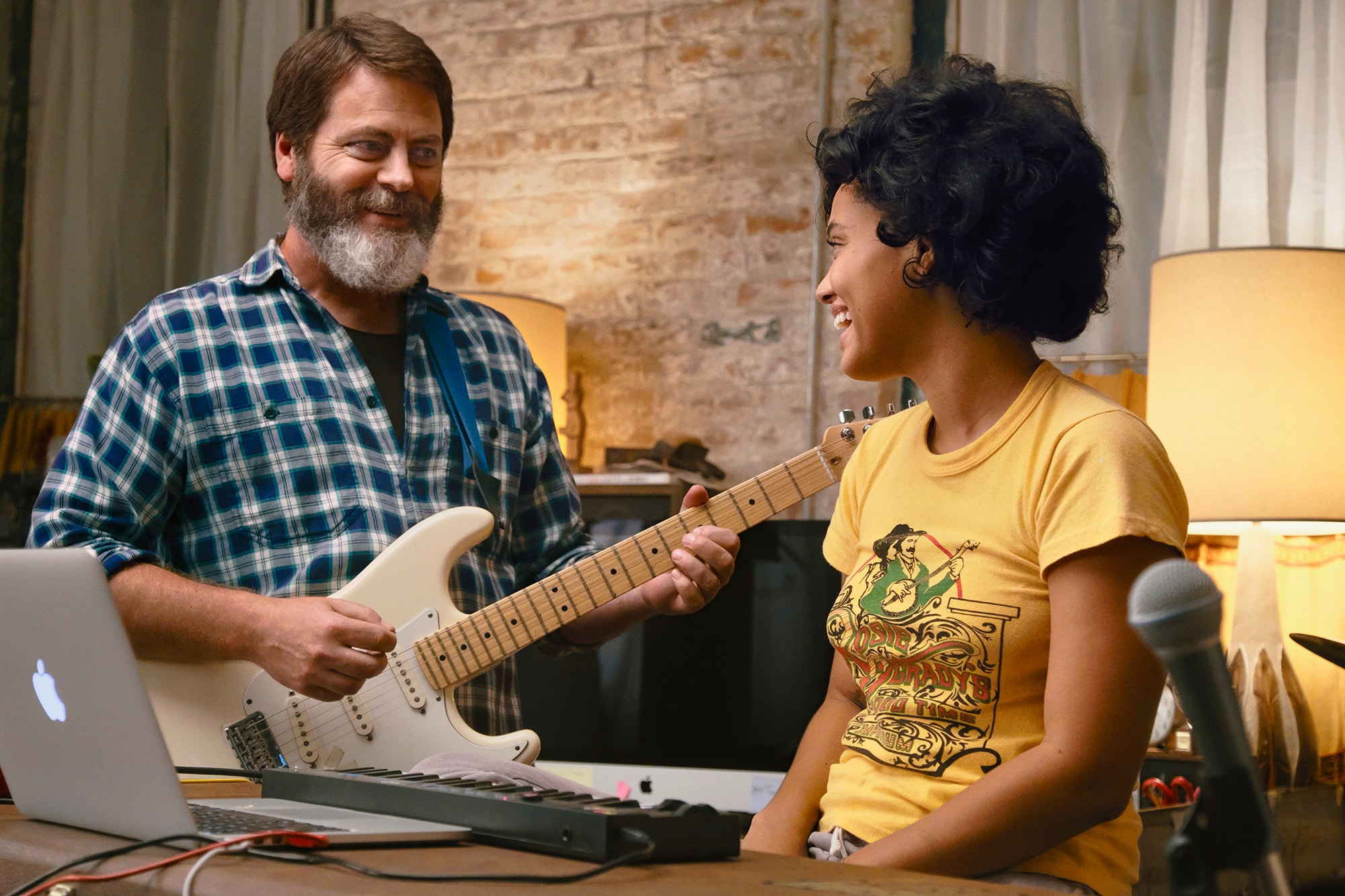 Nick Offerman and Kiersey Clemons in Hearts Beat Loud (2018).