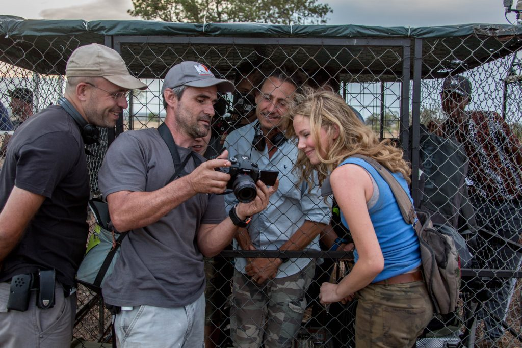 Production still with Gilles de Maistre, Daniah de Villiers, and Lion Whisperer, Kevin Richardson from the set of Mia and the White Lion.